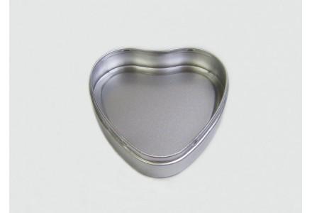 T3184 - Drawn Heart Shaped Tin