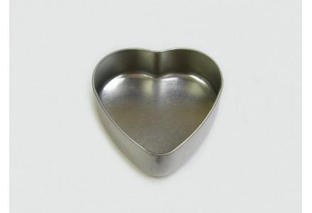 T3191 - Drawn Heart Shaped Tin