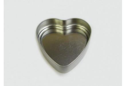 T3252 - Drawn Heart Shaped Tin