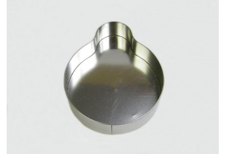 T3369 - Penguin Shaped Tin